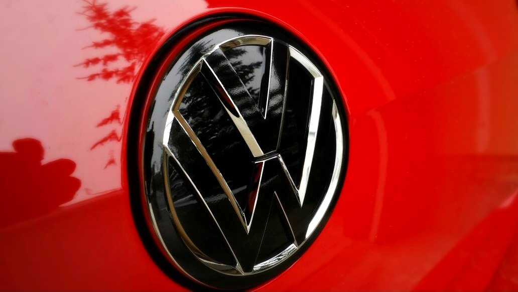 Mk7 Golf Gti Vw Emblem Badgeskin Set